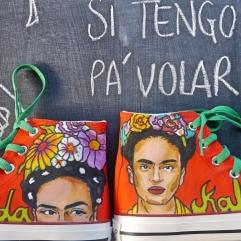 Las Nanis de Nani pies para que los quiero de Frida Kahlo