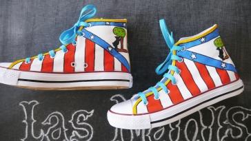 Las Nanis de Nani zapatillas pintadas del Atleti